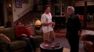 Two and a Half Men 03x07 : Sleep Tight, Puddin' Pop- Seriesaddict